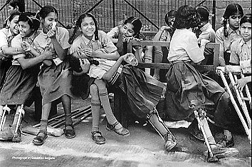 Polio - girls in India