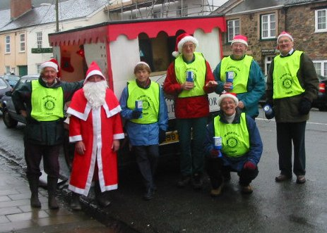 Rotary Santa and the 6 elves